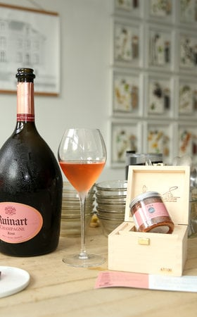 The secret to the perfect food pairing with Ruinart Rosé